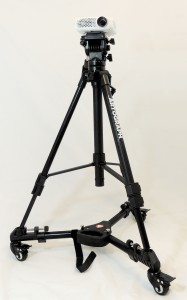 projector-on-tripod-dolly2